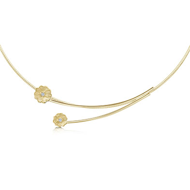 Primula Scotica in Gold Necklet